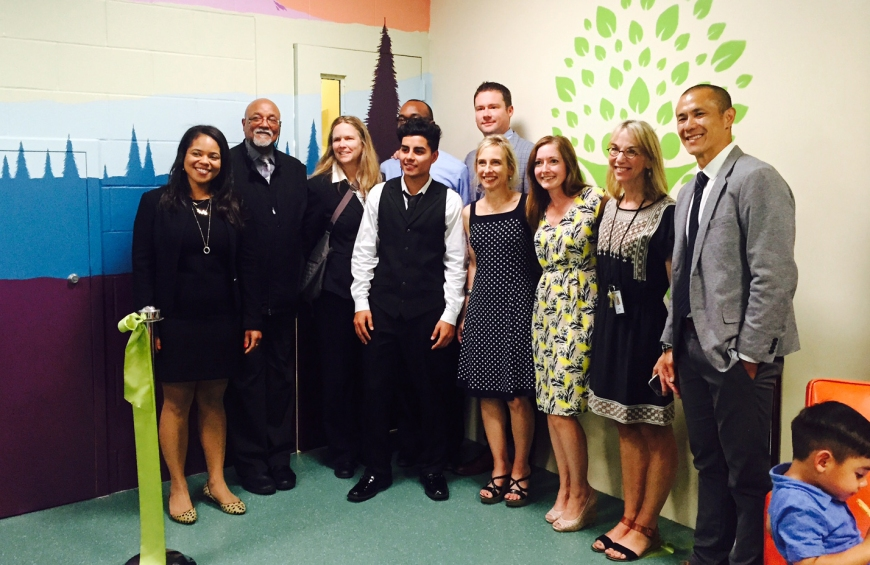 Image of dedicated members of King County Juvenile Court, the Prosecuting Attorney's Office and the Department of Judicial Administration celebrating the FIRS Center